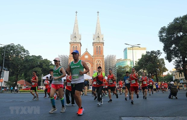 Nearly 13,000 runners compete in HCM City International Marathon