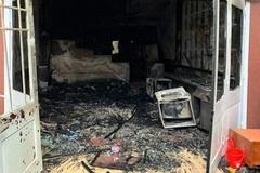 Thấy khói lửa bao trùm, người đàn ông Hàn Quốc nhảy từ tầng 2 xuống đất