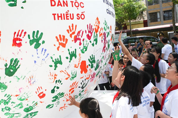 Vietnam sees no improvement in reducing child abuse