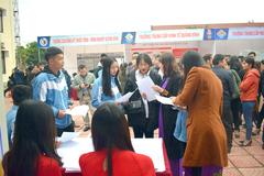 Hơn 1.500 học sinh Quảng Bình tham gia Ngày hội tư vấn giáo dục và hướng nghiệp