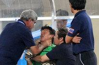 Tròn 10 năm HLV trưởng U23 Việt Nam 'bóp cổ' thủ môn ở chung kết SEA Games: Khoảnh khắc ám ảnh vẫn chưa có lời giải