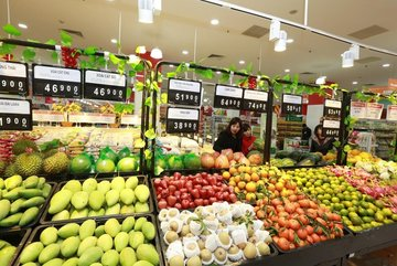 US asks Vietnam to cut import tariffs on agricultural products