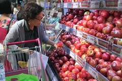 Vietnam spends much on vegetables, fruits import