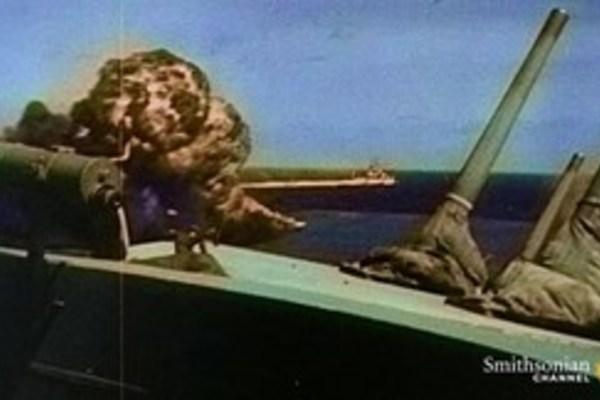 Xem tàu ngầm Mỹ đánh bay tàu hỏa Nhật trong Thế chiến