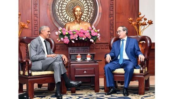 Former U.S. President Barack Obama,Girls Opportunity Alliance,makes a return visit to Vietnam