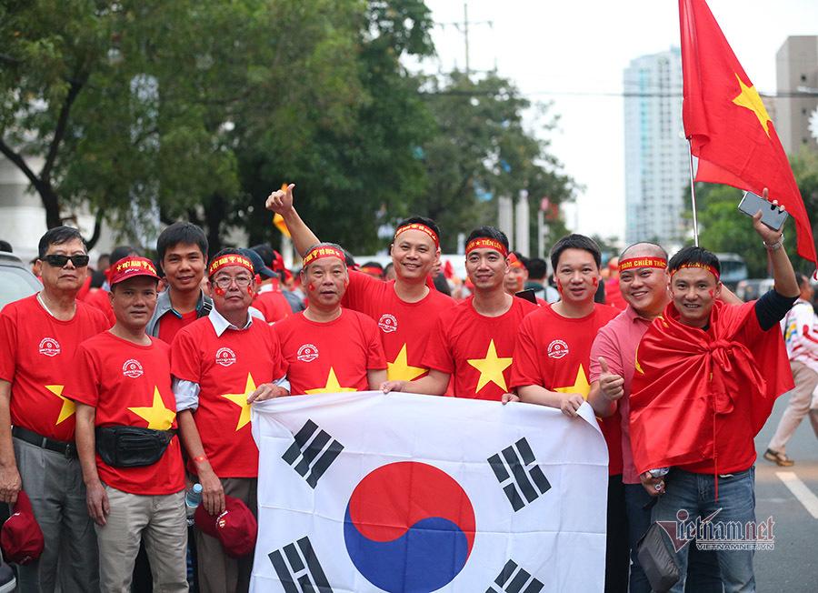 Hàng nghìn CĐV đổ bộ sân Rizal Memoria tiếp lửa U22 Việt Nam - kết quả xổ số gia lai