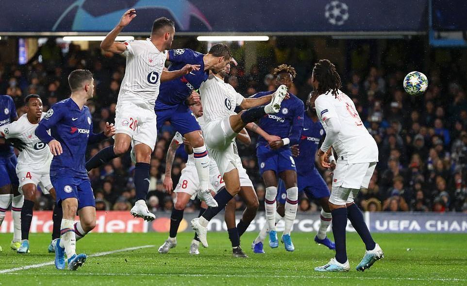 Abraham ghi bàn, Chelsea hú vía giành vé đi tiếp ở Cup C1
