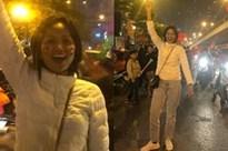 Hoa hậu bình dân H'Hen Niê để mặt mộc đi bão, ăn mặc giản dị đến mức khó nhận ra