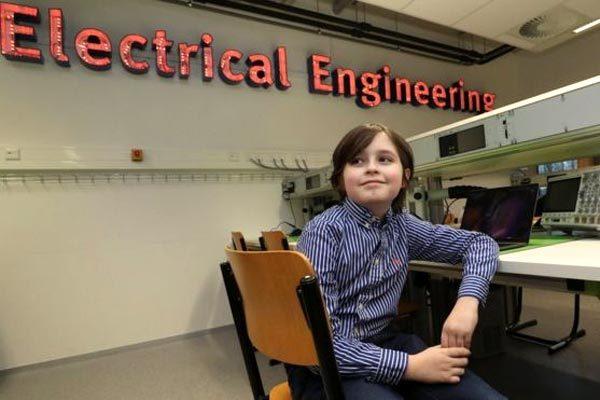 Tranh cãi vụ thần đồng 9 tuổi bỏ dở đại học ở Hà Lan