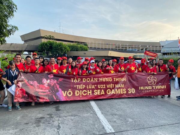 Tập đoàn Hưng Thịnh thưởng nóng Ban huấn luyện đội tuyển U22 Việt Nam