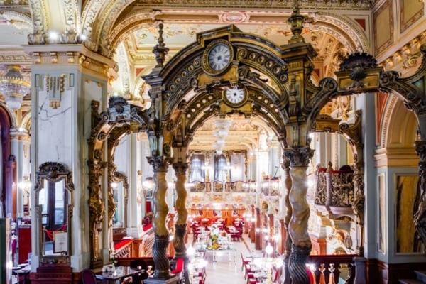 Bên trong quán cafe đẹp nhất thế giới