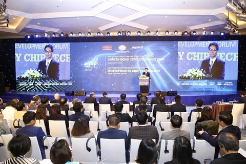 Promoting cashless payments to boost internet economy in Vietnam