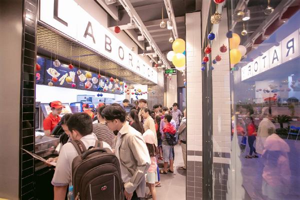 Chuỗi dịch vụ tiện ích mô phỏng Hồng Kông thu nhỏ ở Ha Tien Centroria