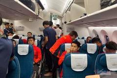 'Siêu máy bay' đưa đội tuyển U22 Việt Nam về muộn vì sân bay ùn tắc