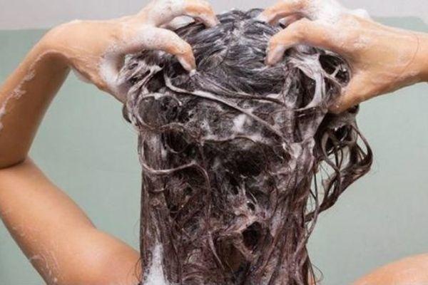 3 không khi tắm và 3 không khi gội đầu giúp cơ thể luôn khỏe mạnh