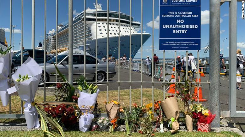 New Zealand mua hơn trăm mét vuông da cho nạn nhân núi lửa