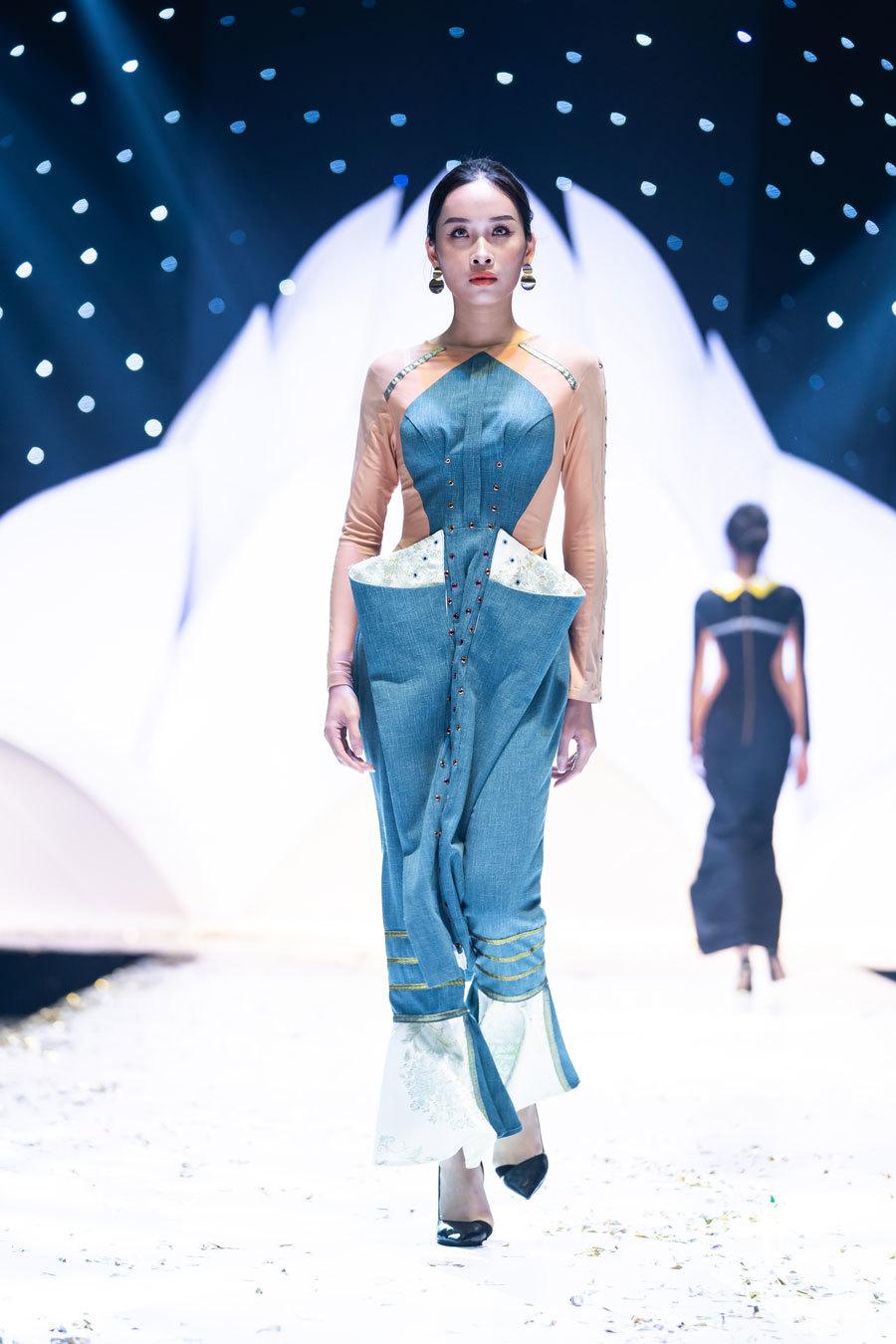 Nhiều bộ sưu tập 'độc, lạ' tại đêm khai mạc Tuần lễ thời trang và làm đẹp quốc tế