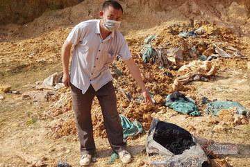 Chấn động: 11 hố chôn chất thải nguy hại chứa axit hữu cơ ở Sóc Sơn