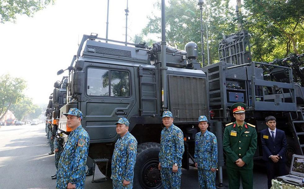 Việt Nam lần đầu công khai hệ thống tên lửa phòng không sát thủ từ Israel