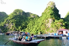 Why foreign tourists hesitate to spend big in Vietnam?
