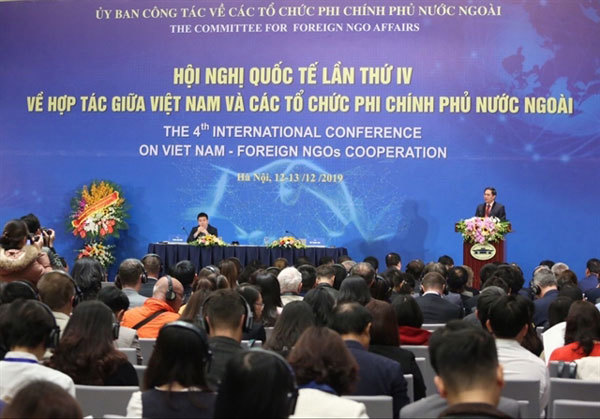 Int'l conference talks relations between Vietnam, foreign NGOs