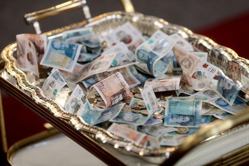 Tỷ giá ngoại tệ ngày 4/1, USD tăng nhẹ