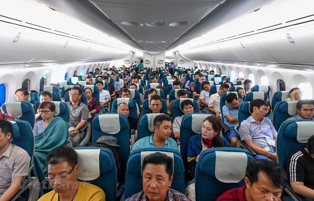 Vietnam's airlines transport nearly 55 million passengers this year