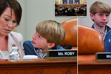 Nhận diện bé trai có mặt ở cuộc bỏ phiếu luận tội ông Trump