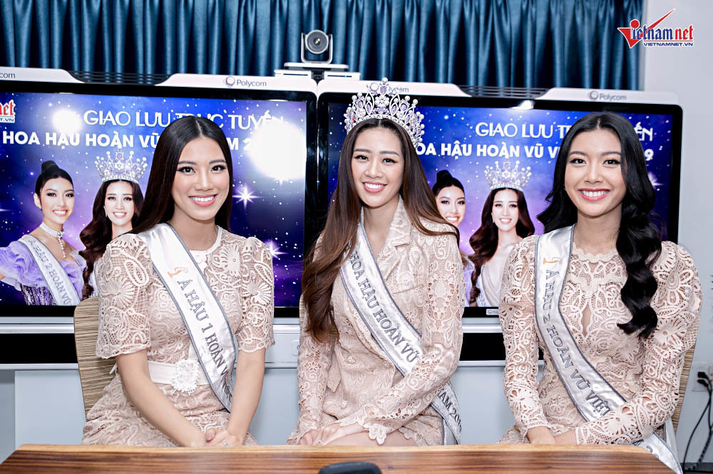 Khánh Vân, Thúy Vân, Kim Duyên rạng rỡ trong buổi giao lưu với VietNamNet