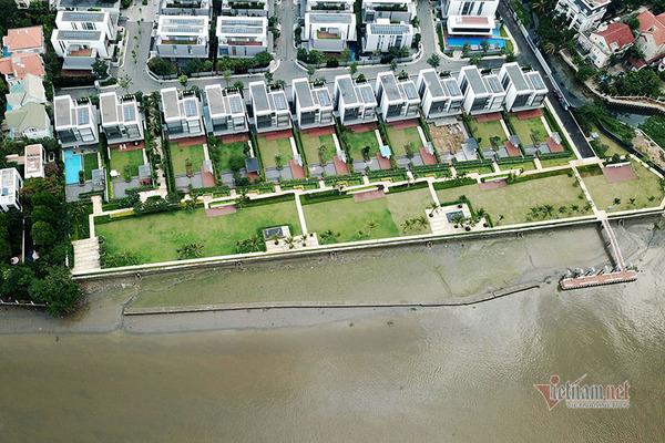"""Nhà hàng chiếm hành lang sông Sài Gòn ở """"khu nhà giàu"""" Thảo Điền đã tháo dỡ"""