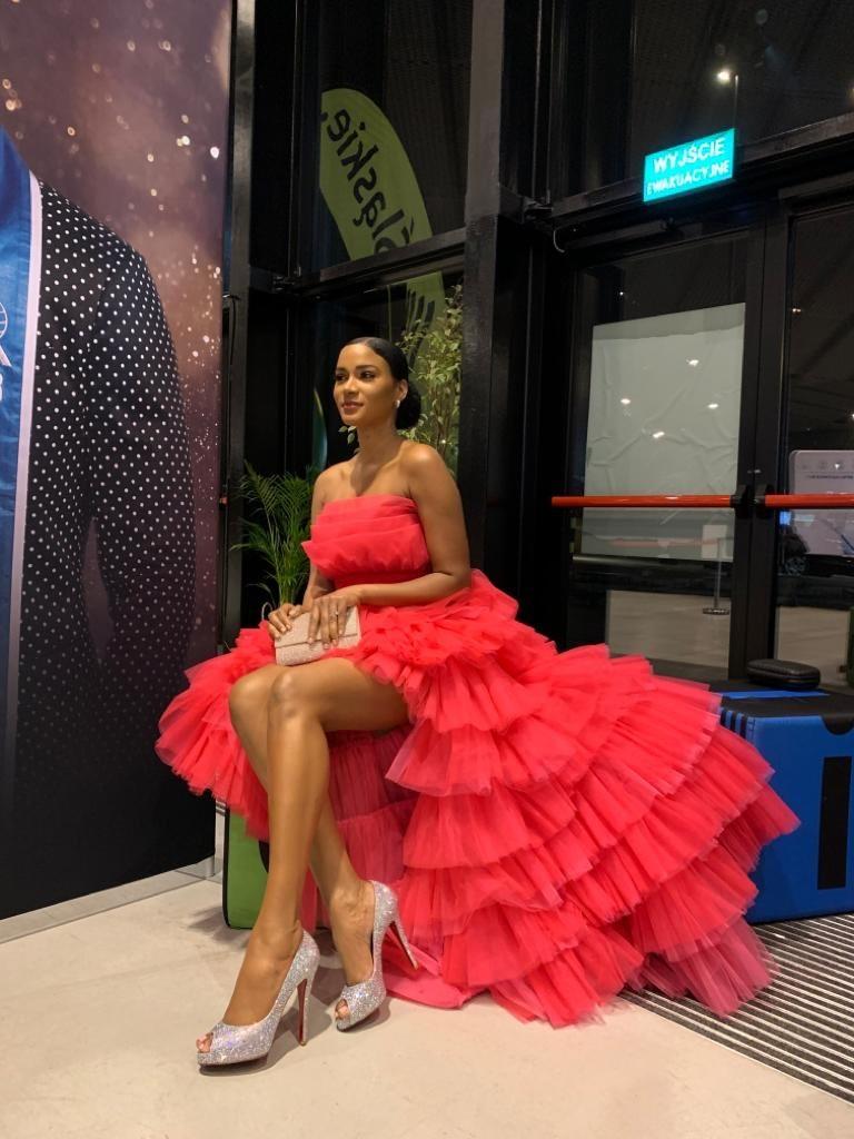 Chiếc váy khiến Hoa hậu Leila Lopes và loạt sao Việt 'đụng hàng'