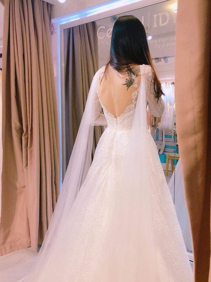 Siêu mẫu Tuyết Ngọc kết hôn với Việt kiều điển trai
