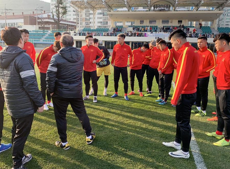 U23 Việt Nam khổ luyện dưới trời lạnh 5 độ C ở Hàn Quốc