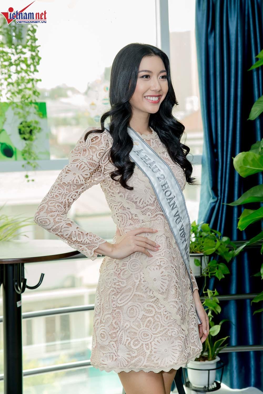Thúy Vân hạnh phúc với biệt danh Miss Dừa, Hoa hậu 'chuồng gà'