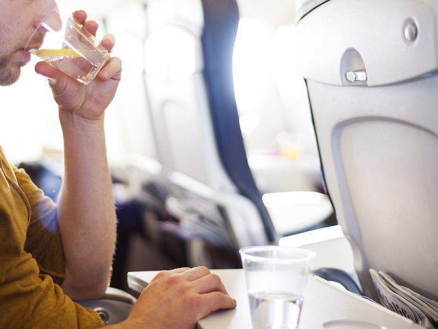 đi máy bay,hàng không,bí mật hàng không