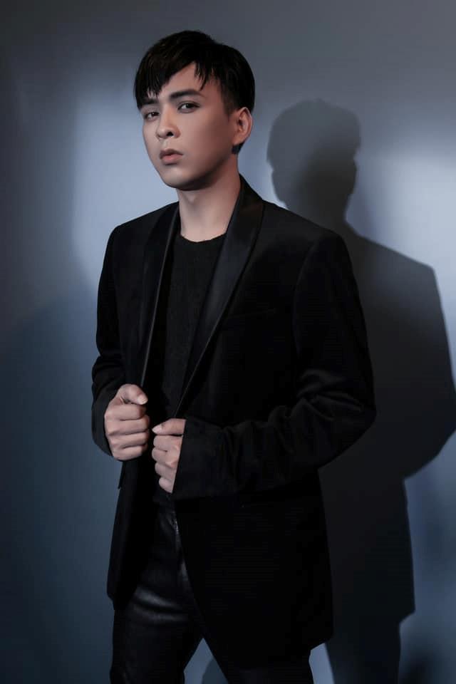 Tin đồn clip nóng, cưỡng dâm chấn động showbiz Việt dịp cuối năm