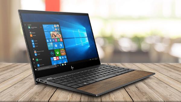 4 laptop tích hợp Windows 10 bản quyền cho mùa Giáng Sinh