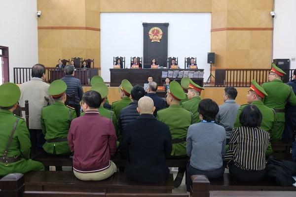 Gia đình, bạn bè gom tiền cho ông Nguyễn Bắc Son khắc phục hậu quả