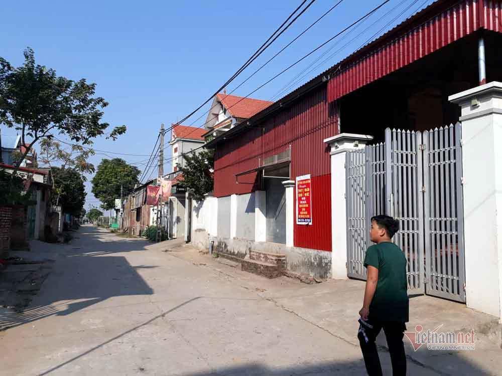 Ngôi làng san sát nhà tiền tỷ, nông dân xuất ngoại như đi chợ