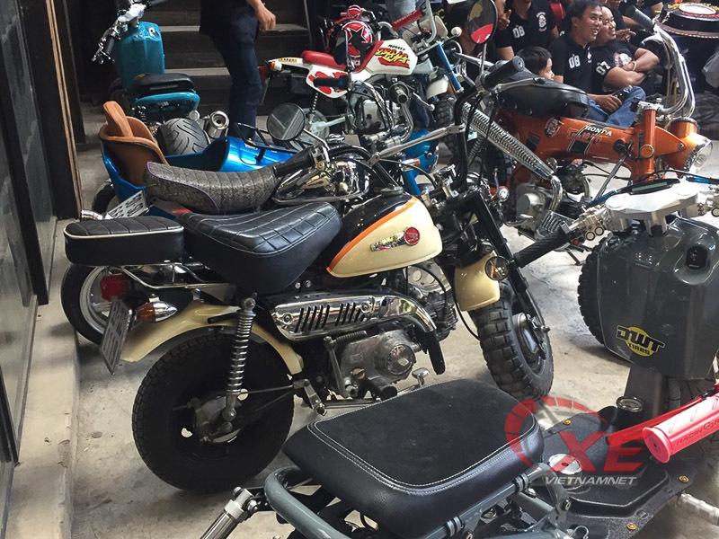 Những chiếc minibike đẹp long lanh của dân chơi Sài Gòn