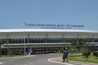 Đề xuất tăng phí sân bay Cam Ranh lên 20 USD/hành khách