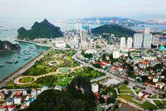 Hạ Long chuyển từ 'nâu' sang 'xanh', nâng chất dịch vụ du lịch