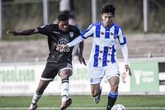 HLV Heerenveen hứa sớm trao cơ hội ra sân cho Văn Hậu