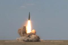 Xem Nga tập trận lớn, phóng tên lửa đạn đạo rực trời