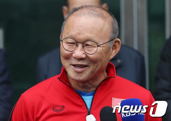 Báo Hàn Quốc: Tại sao ông Park thành công ở Việt Nam?