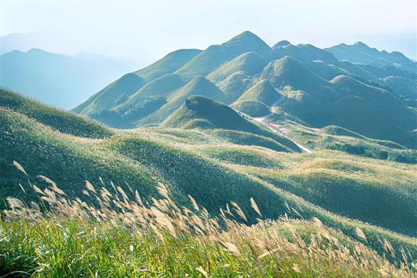 Những 'mỏ vàng' của du lịch Quảng Ninh