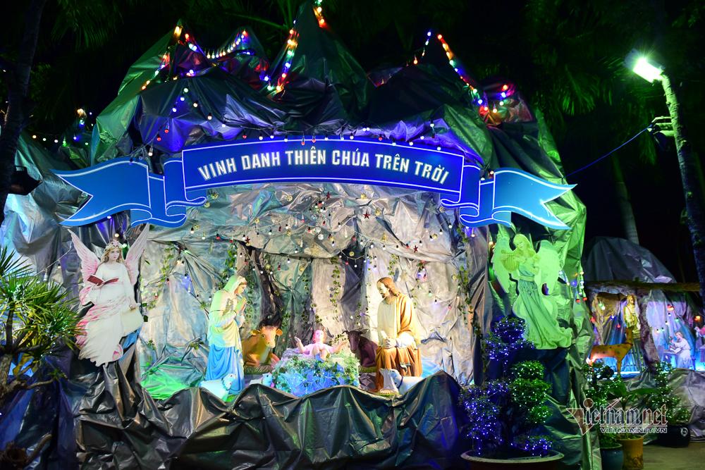 Lung linh xóm đạo đón Noel
