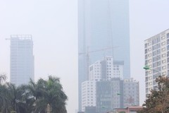 Air quality worsens as thick haze descends on Hanoi