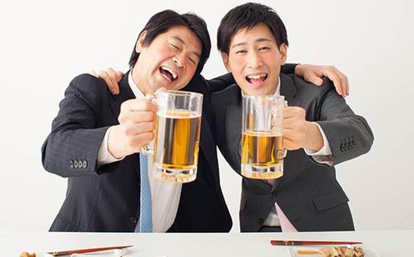 Học người Nhật bảo vệ đại tràng khi bia rượu Tất niên