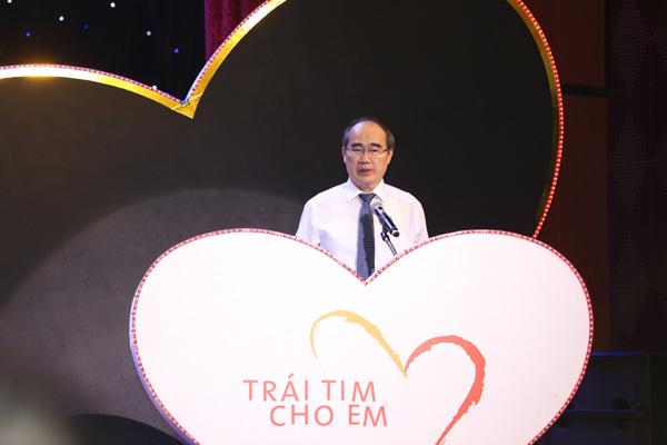 Hơn 28 tỷ đồng ủng hộ chương trình 'Trái tim cho em'